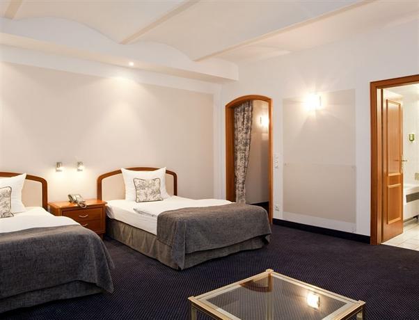 gildors hotel atmosph re d sseldorf die g nstigsten angebote. Black Bedroom Furniture Sets. Home Design Ideas