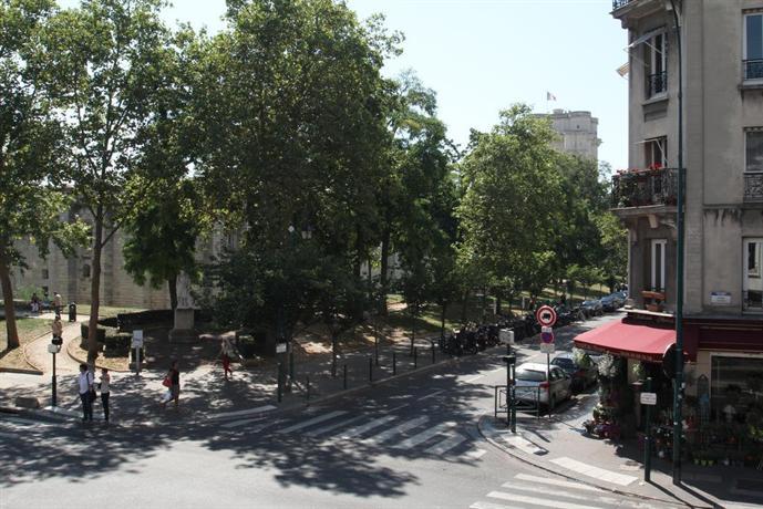 Hotel Blason Vincennes France