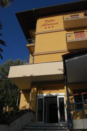 מלון וילה אדריאנה צילום של הוטלס קומביינד - למטייל (1)