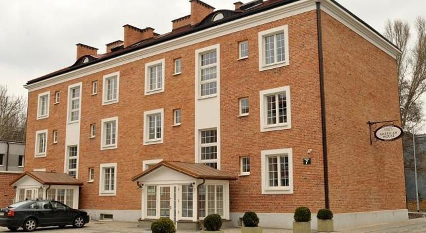 American House- Apartamenty Hennela