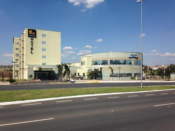 Salto Plaza Hotel