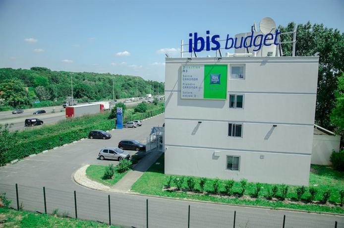 Hotel Ibis Blanc Mesnil