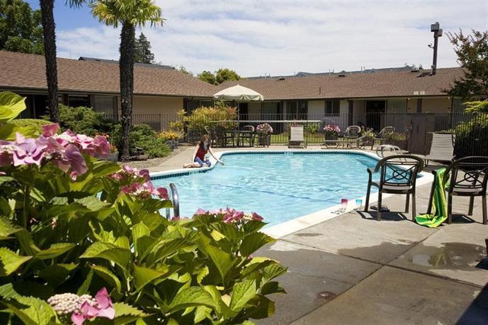 Best Western Garden Inn Santa Rosa Compare Deals