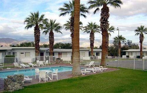 Stanlunds Resort Inn and Suites