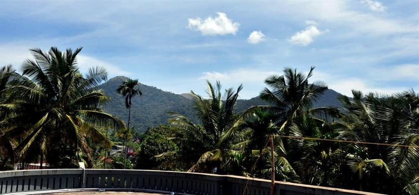 Kerala Baño Infantil:Misty Hills Resort, Kalpetta: Comparar ofertas