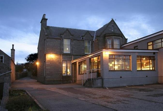 Kveldsro House Hotel