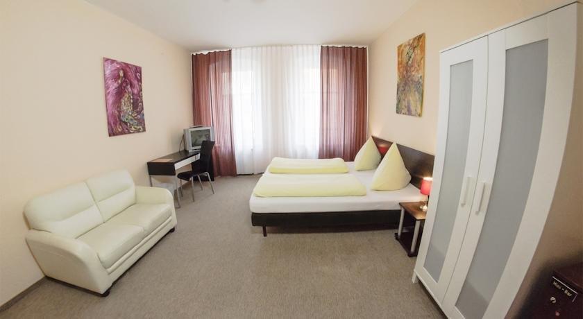 מלון פנסיון ויקטוריה צילום של הוטלס קומביינד - למטייל (3)