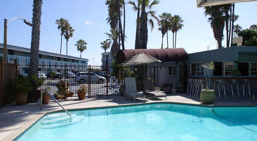 ocean villa inn san diego compare deals. Black Bedroom Furniture Sets. Home Design Ideas