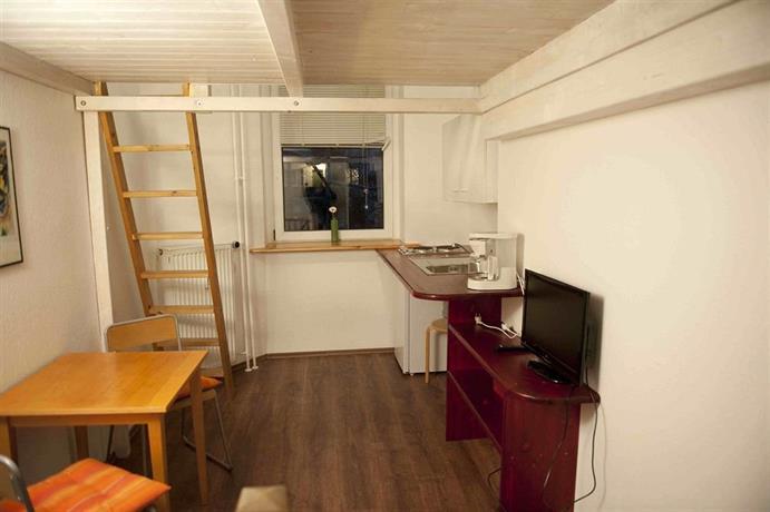 excellent apartments kreuzberg berlin compare deals. Black Bedroom Furniture Sets. Home Design Ideas