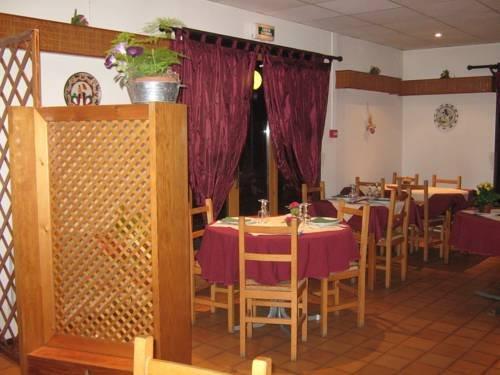 Hotel restaurant le pressoir appoigny offerte in corso for Le pressoir restaurant