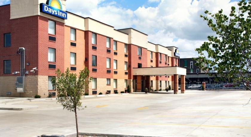 Days Inn by Wyndham Downtown St Louis
