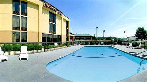 Hampton Inn Lebanon Missouri