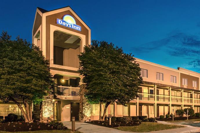 Days Inn by Wyndham Florence Cincinnati Area