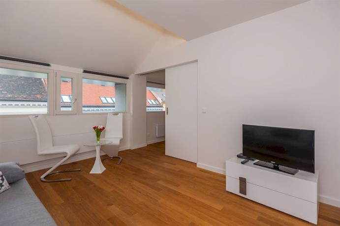 Designer prague city apartments compare deals for Designer apartment prague
