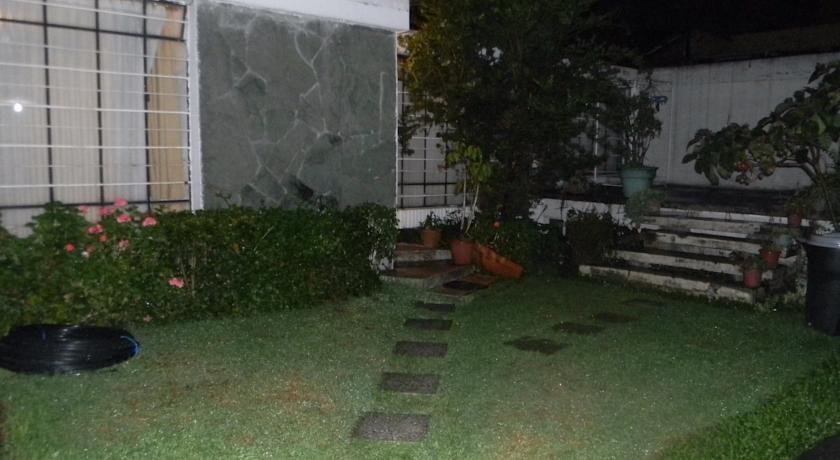 Hostal Isla Isabela