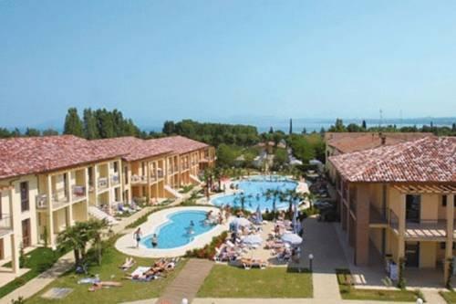 Camping Bella Italia, Peschiera del Garda - Compare Deals
