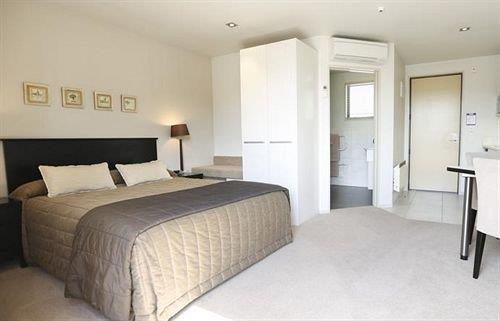 Palazzo Motor Lodge Nelson Compare Deals