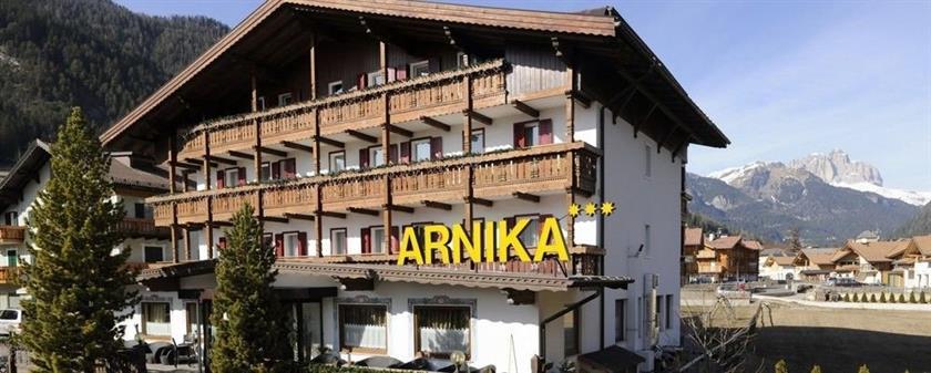 Hotel Arnika Pozza di Fassa