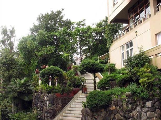 Sinclairs Darjeeling Hotel