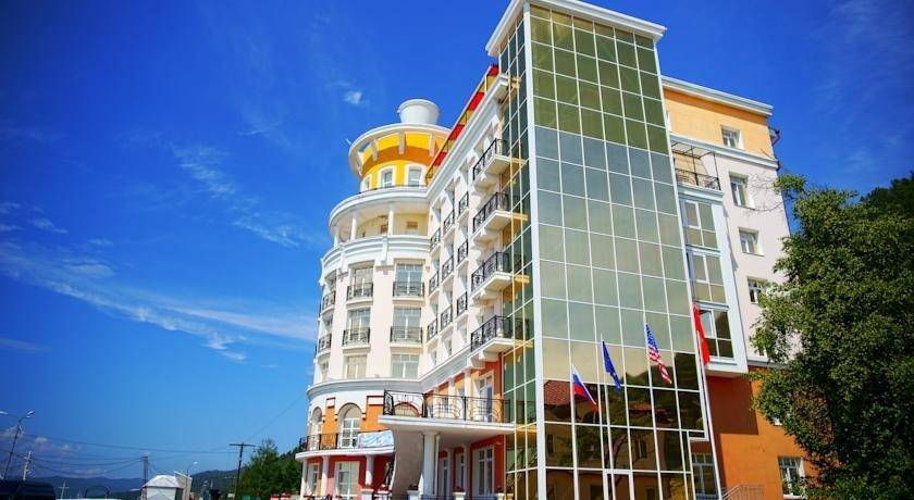 Mayak Hotel Listvyanka