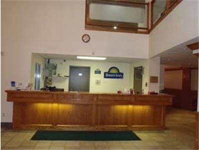 Days Inn High Prairie