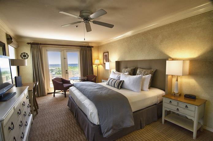 pelican inn suites cambria compare deals. Black Bedroom Furniture Sets. Home Design Ideas
