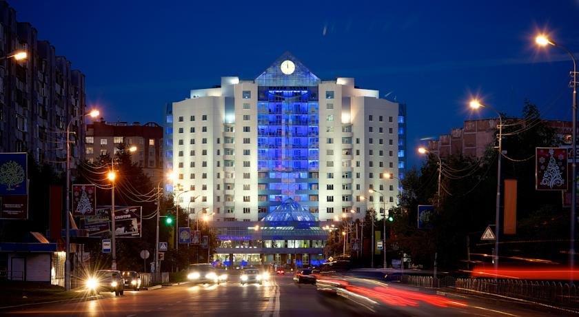 Centre Hotel Surgut
