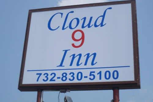 Cloud 9 Inn