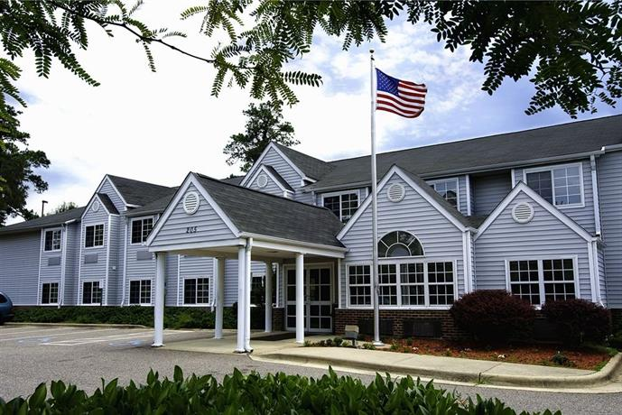 Microtel Southern Pines