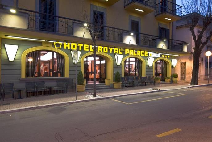 royal palace casino