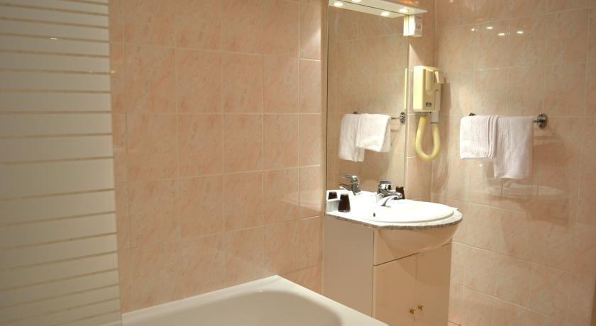 H tel d 39 angleterre salon de provence salon de provence for Hotel d angleterre salon de provence