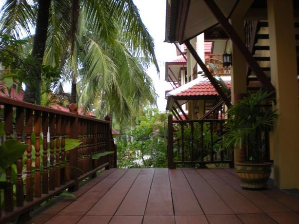 Palm Village Phuket, Rawai - Compare Deals