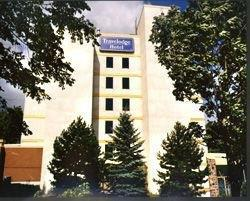 Orillia Travelodge Hotel