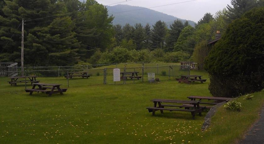 Roaring Brook Ranch & Tennis Resort, Lake George - Compare ...
