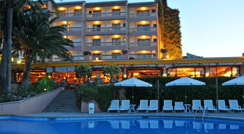 Hotel Na Taconera