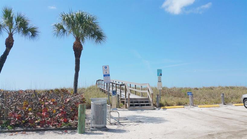 Blue Waters Beach Club Treasure Island