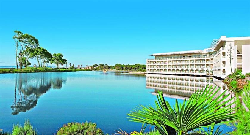 Hotel club le plein sud vacances bleues hyeres compare for Vacances bleues erdeven