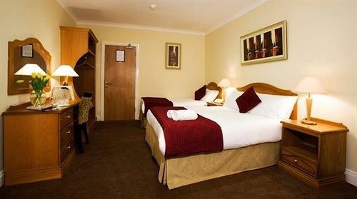 The Farmers Kitchen Hotel, Wexford - Compare Deals