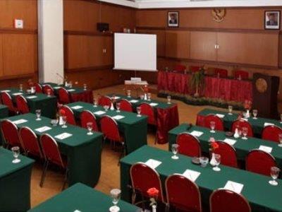 Hotel Sriwijaya Jakarta Pusat Babymobility Store