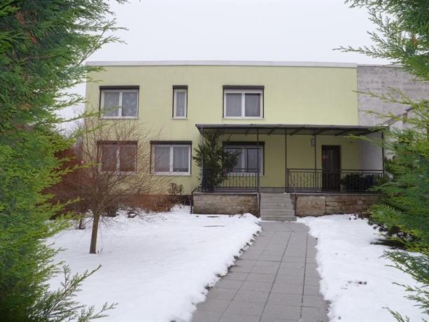 pension haus germania hotels erfurt. Black Bedroom Furniture Sets. Home Design Ideas