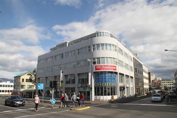101 guesthouse reykjavik compare deals for Design hotel 101 reykjavik