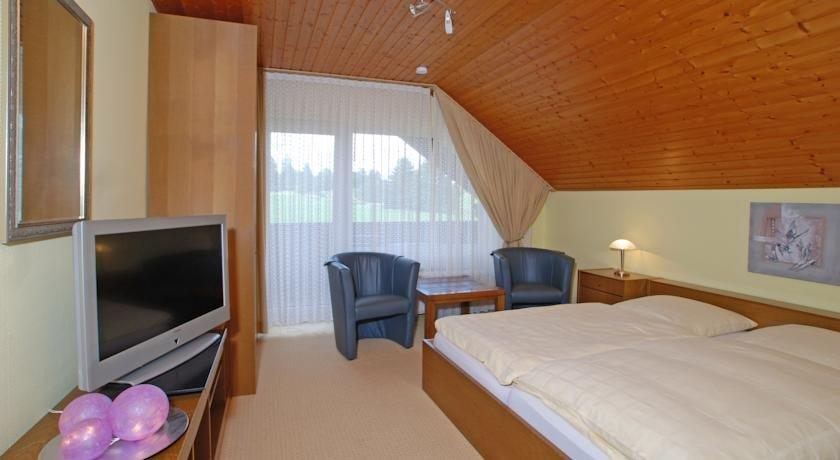 clausthal zellerfeld chat rooms Book a deal for ringhotel zum harzer, clausthal-zellerfeld at laterooms discount hotel rooms specialist see reviews, pictures and offers book online or by phone.