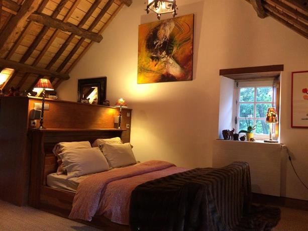 La rogerais chambre d 39 hotes de charme ploubalay compare for Chambre hotel charme