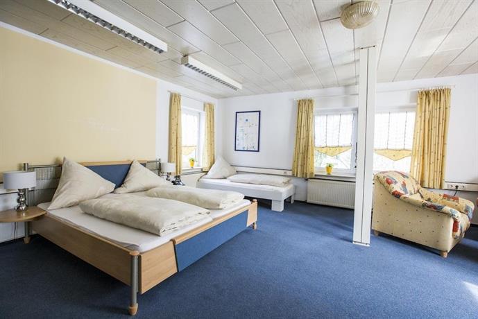 Hotel Pension Waldblick Neuenstein