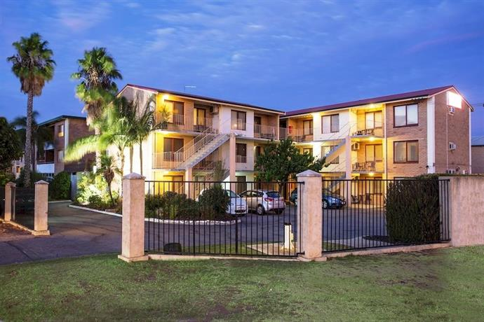 Burswood Lodge Motel Apartments