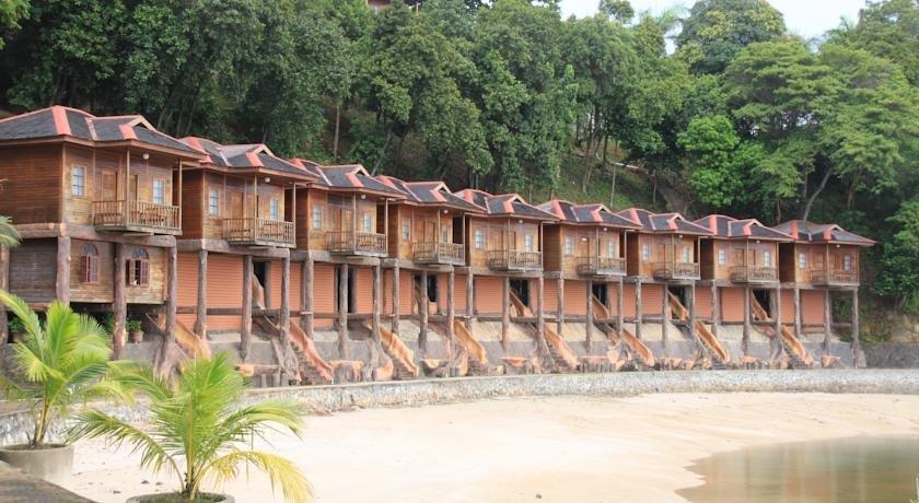 Batam Holiday Inn Resort Getaway - Adventures with Family