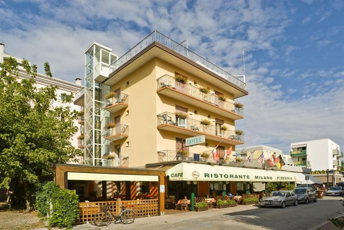 Hotel milano bibione compare deals for Hotel milano