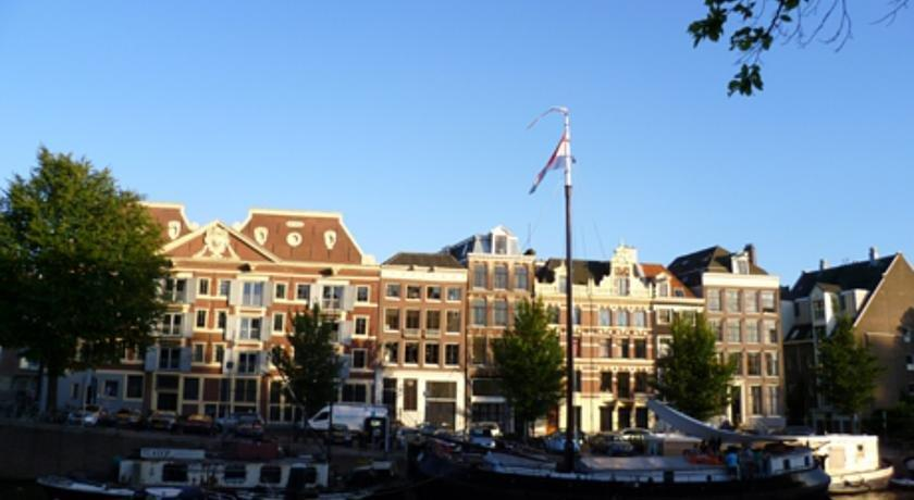 Bed And Breakfast Hotels In Amsterdam City Centre