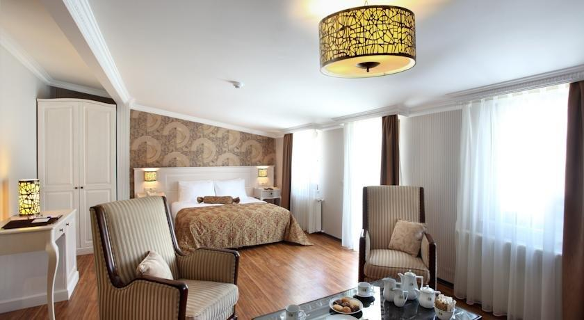 Yusufpasa suites istanbul compare deals for Taksim pera orient hotel