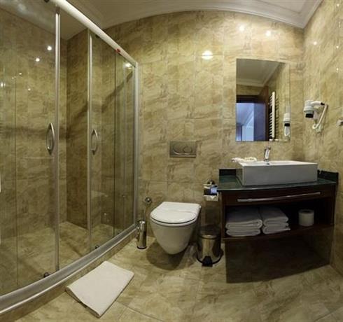 Taksim pera orient hotel istanbul compare deals for Taksim pera orient hotel